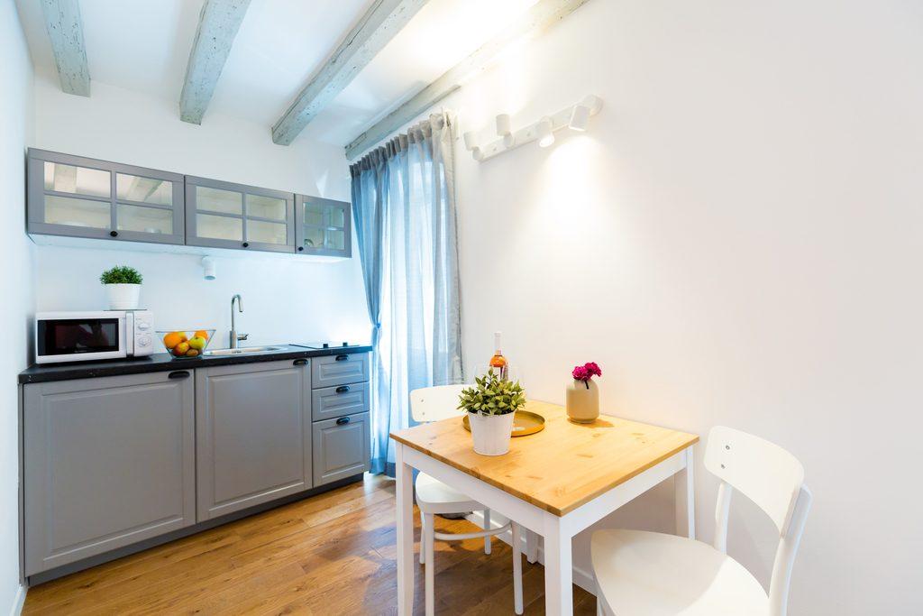 Irundo Rm2 4 Studio Apartment